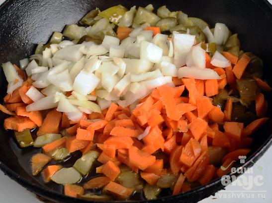 Каша перловая с овощами и нутом