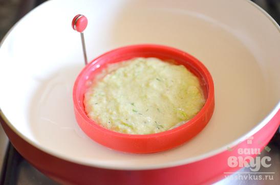 Оладьи из кабачков с соевым соусом