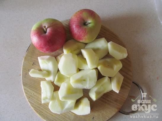 Запеченная тыква с яблоками в медовом сиропе