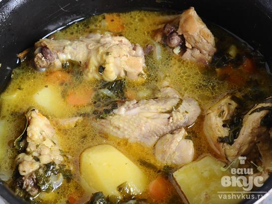 Цыпленок, тушеный с картофелем и сливками