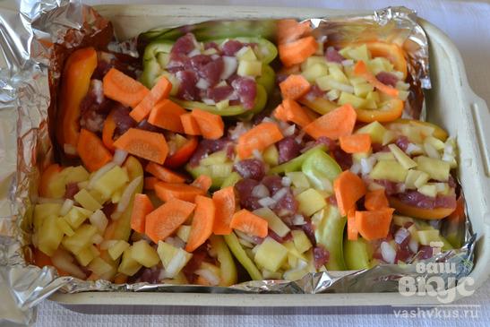 Картошка с мясом в болгарском перце