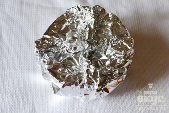 Фаршированный баклажан, запеченный в фольге
