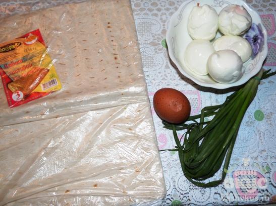 Пирожки из лаваша с яйцом и зеленым луком