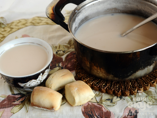 Печенье Борцог и сутэй чай