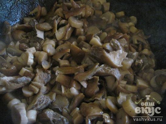 Грибы жареные с овощами