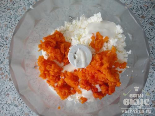 Рафаэлло со свеклой, морковью и сухофруктами в кунжуте