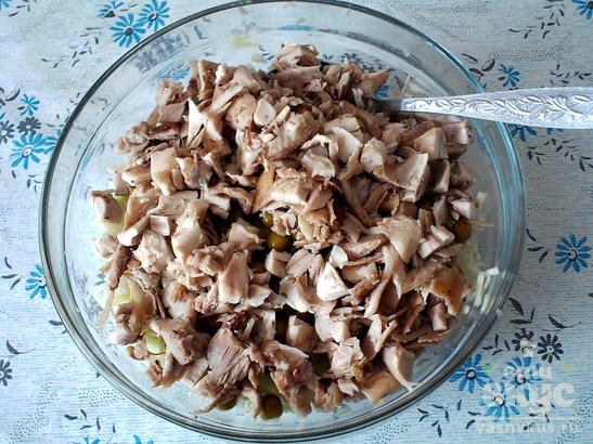 """Салат с белокочанной капустой и курицей """"Равновесие"""""""