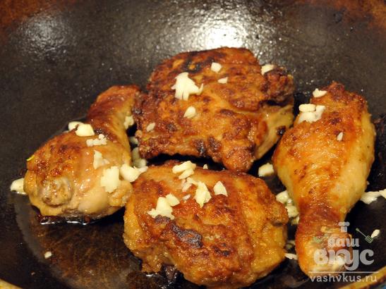 Курица в карамели с грибным соусом