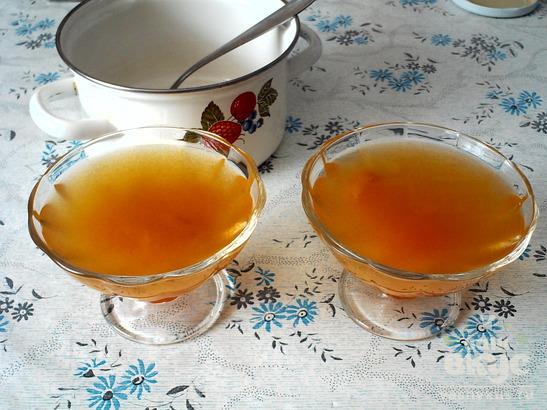 Желе из абрикосового варенья