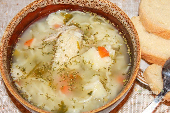Суп с куриными крылышками в мультиварке