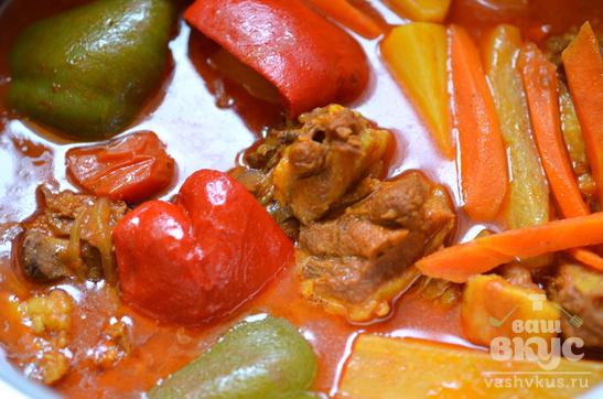Баранина тушеная с овощами