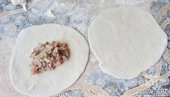 Хинкали с говядиной и свининой