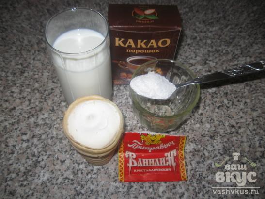 Молочный коктейль с какао и мороженым