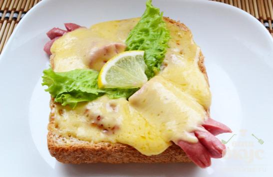 Горячий сэндвич по-королевски