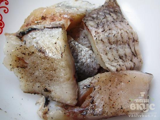 Рыба в кляре с кунжутом