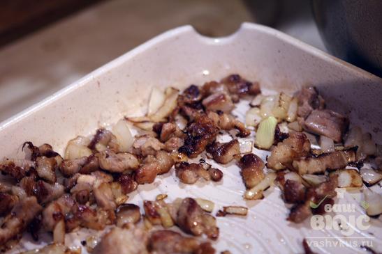 Быстрый суп из чечевицы, шпината и свинины