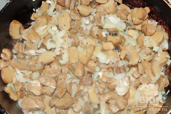 Салат из говядины с орехами