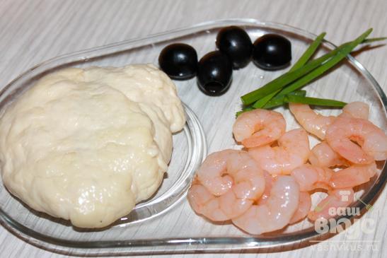 Фокачча с креветками и зеленым луком