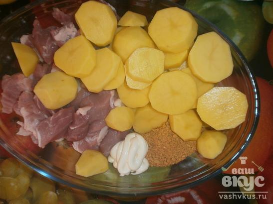 Картошка с мясом запеченная в стеклянной форме