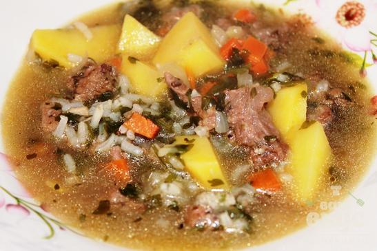 Суп с рисом и говяжьей тушенкой