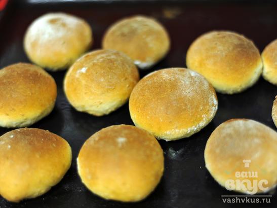 Медово - кунжутные булочки из дрожжевого теста