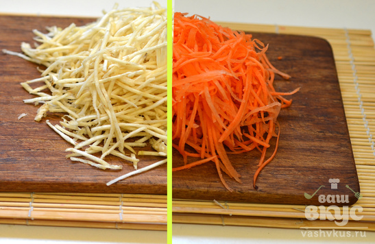 Витаминный салат со свеклой, морковью и яблоком