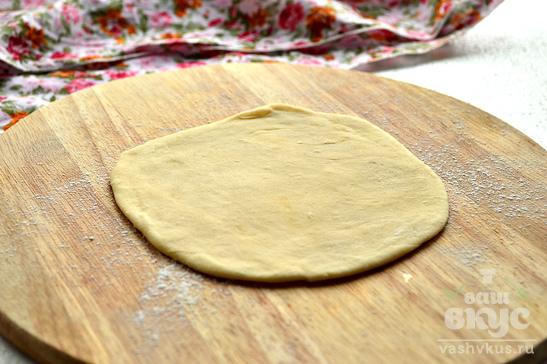 Лепешка с плавленым сыром на сковороде