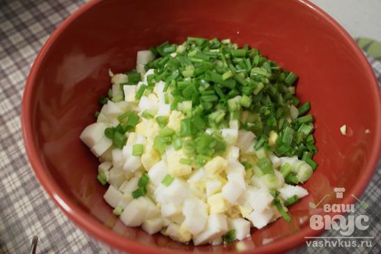 """Салат с зелёным луком и яйцом """"Весна"""""""
