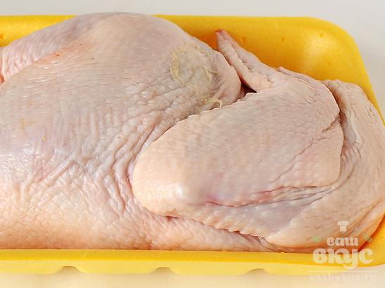 Курица с кунжутом и овощами в маринаде