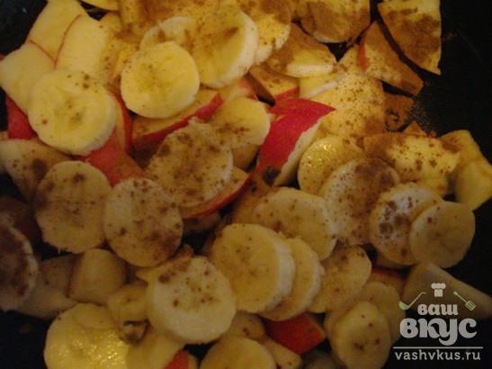 Крамбл яблочный с бананом