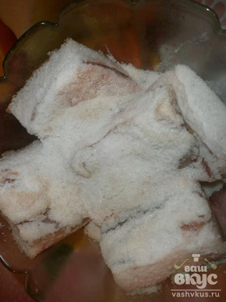 Соленое свиное сало