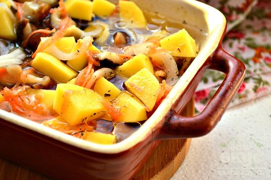 Шиитаки с картофелем в духовке
