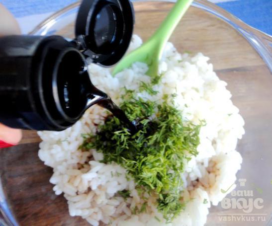 Рис по-японски с соевым соусом
