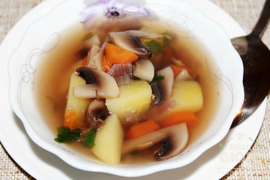 Грибной суп с петрушкой
