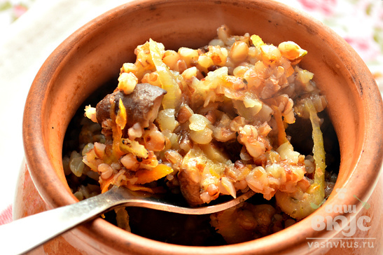 Гречневая каша с шиитаке в горшочке