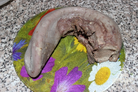 Язык говяжий с грибной подливой