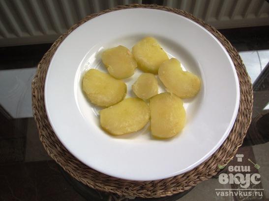 Салат с картофелем, грибами и корейской морковью