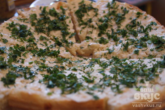 Бутерброд из домашнего хлеба с плавленным сыром