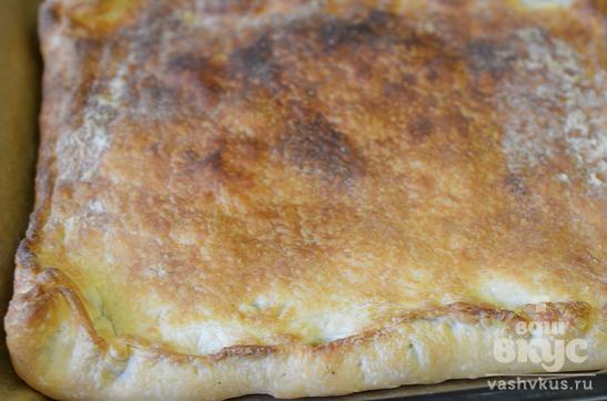 Пирог с картошкой и курицей на слоеном дрожжевом тесте