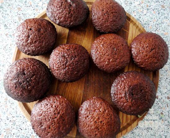 Шоколадные кексы с йогуртом