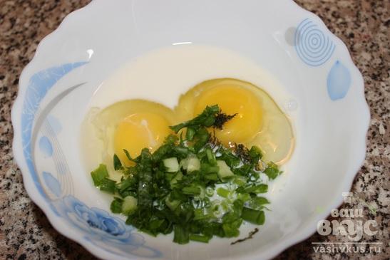 Омлет с сыром и зеленым луком