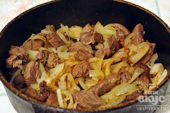 Тушеная оленина с картофелем по-якутски