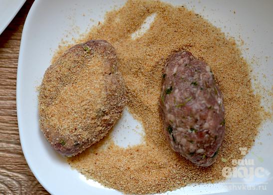 Котлеты из фарша с панировочными сухарями рецепт пошагово92