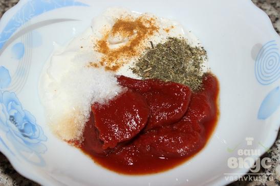 Курица в томатно - луковом соусе