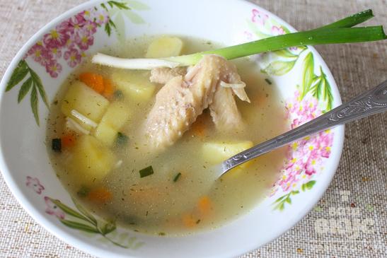 Суп из домашней курицы в мультиварке
