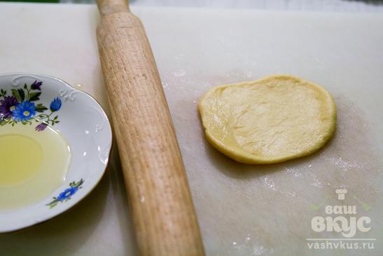 Пирожки яблочным вареньем