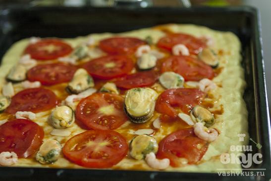 Пицца домашняя с морепродуктами