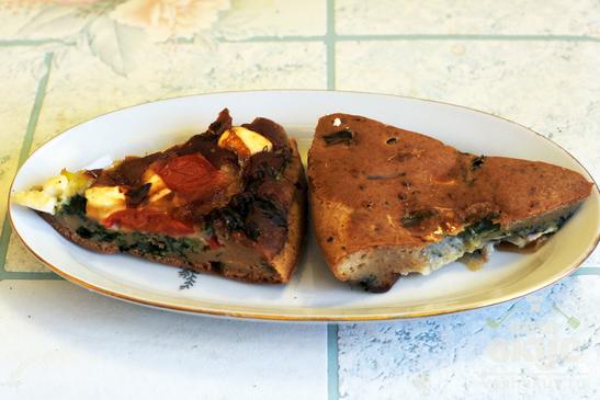 Заливной пирог с помидорами и брынзой