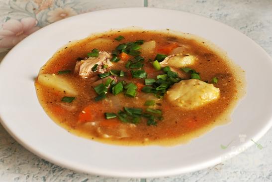 Кукурузный суп с клецками по венгерским мотивам