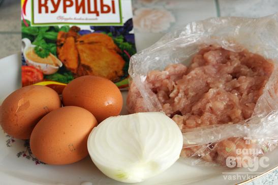 Запеканка из куриного фарша с кунжутом в духовке